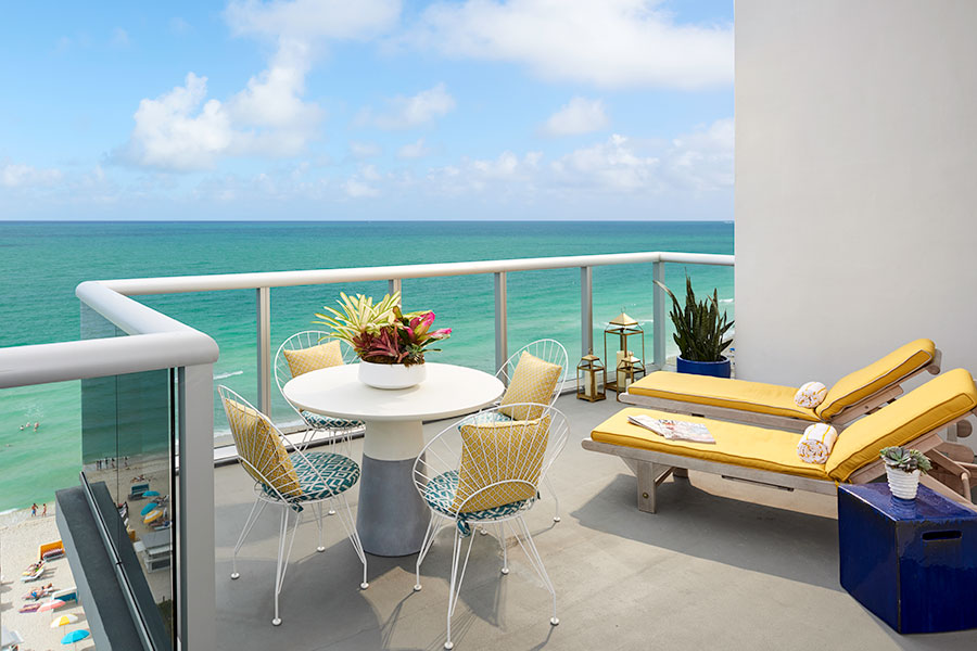Ocean Front Room Lounge Deck