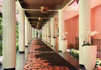 The Royal Hawaiian hotel slideshow image 20
