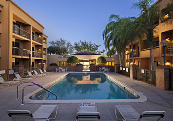 Courtyard Fort Myers Cape Coral hotel slideshow image 1