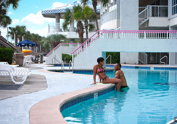 Crown Reef Beach Resort & Waterpark hotel slideshow image 4