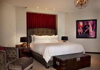 Gallery Suite with King Bed