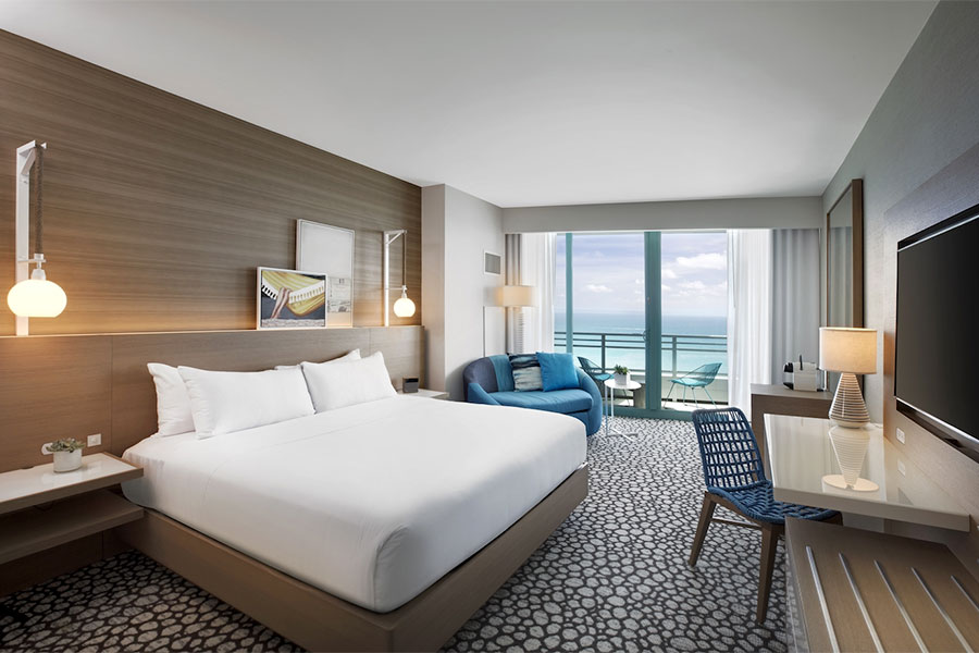 Oceanfront View Room with King Bed
