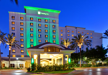 Holiday Inn Anaheim Resort hotel slideshow image 1