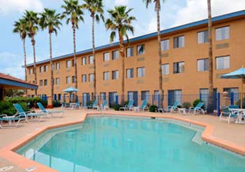 Days Hotel Mesa Country Club hotel slideshow image 1