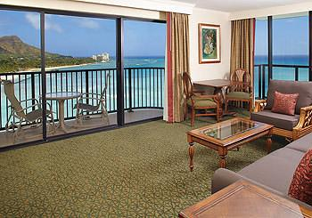 Outrigger Waikiki Beach Resort hotel slideshow image 7