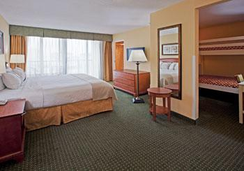 Holiday Inn Hotel & Suites Clearwater Beach hotel slideshow image 8