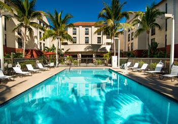 Hampton Inn & Suites Fort Myers Beach/ Sanibel Gateway hotel slideshow image 1