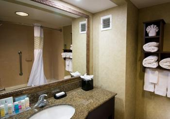 Hampton Inn & Suites Fort Myers Beach/ Sanibel Gateway hotel slideshow image 8