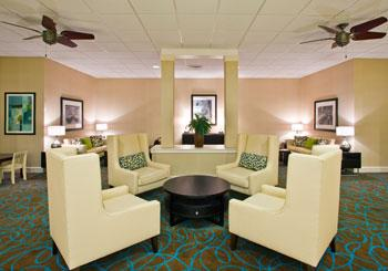 Holiday Inn & Suites Across from Universal Orlando hotel slideshow image 7