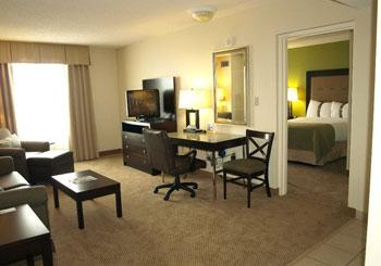Holiday Inn & Suites Across from Universal Orlando hotel slideshow image 10