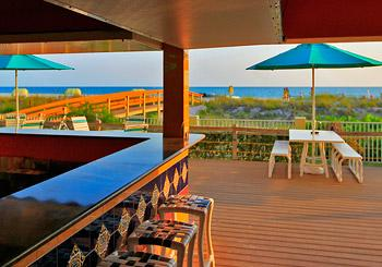 Sunset Vistas Beachfront Suites hotel slideshow image 5
