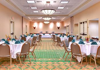 Holiday Inn Anaheim Resort hotel slideshow image 8